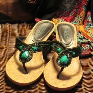 Kenneth Cole Beaded Wedge Thong Sandals Size 7.5 M